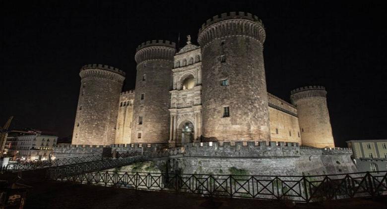 Ora della Terra 2017 a Napoli, i monumenti spengono le luci e organizzano eventi al buio