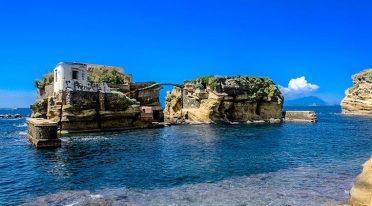 Prima Turismo in Chiaia und Posillipo mit Besuchen und Schnorcheln
