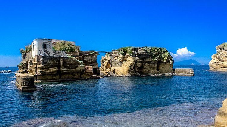 Prima Turismo a Chiaia e Posillipo con visite e snorkeling