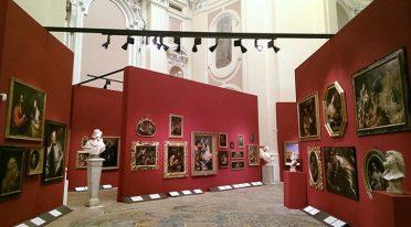 Schließung um Mitternacht für die Ausstellung Verborgene Schätze in Neapel