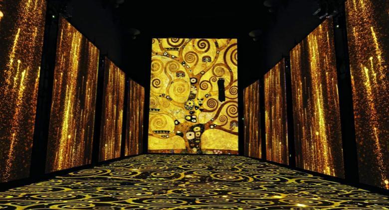 Klimt Experience, alla Reggia di Caserta la mostra multimediale