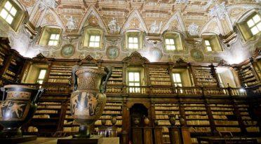 Gli studenti della Federico II di Napoli studieranno nella Biblioteca dei Girolamini