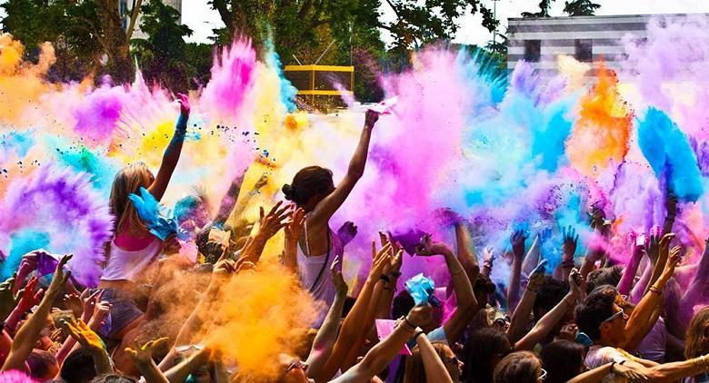 L'Holi Festival 2017, la festa colorata dei giovani ad Avella