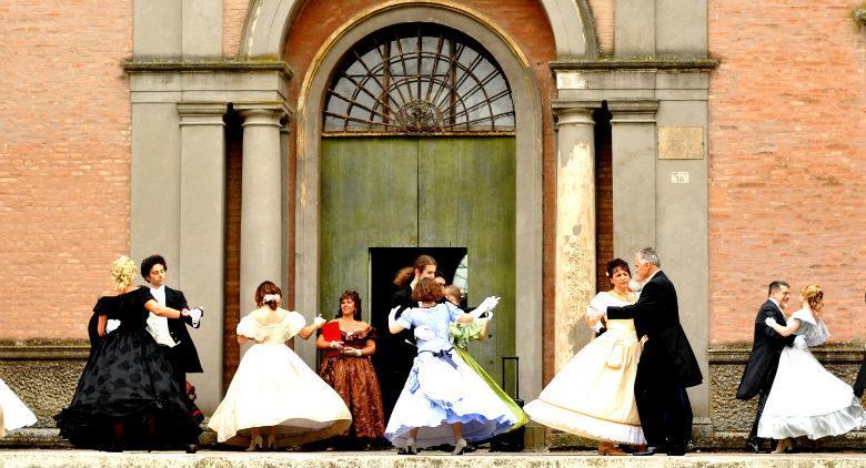 Merienda Real alla Reggia di Caserta, rievocazione storica in abiti d'epoca borbonica