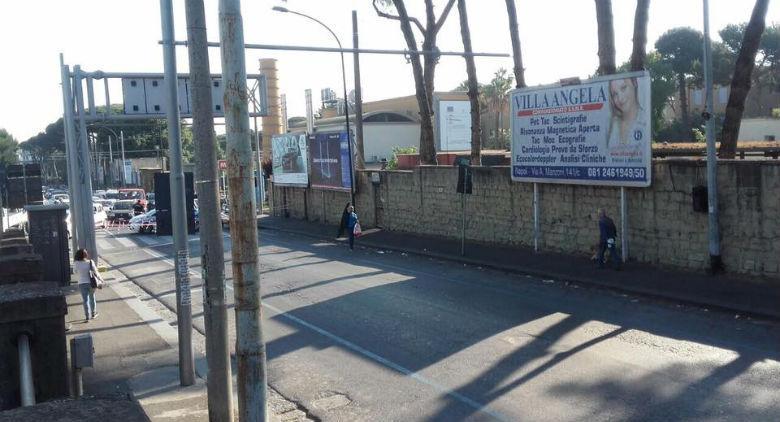 Napoli, chiusa via Pansini