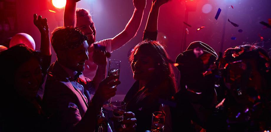 Living discoteca a Varcaturo