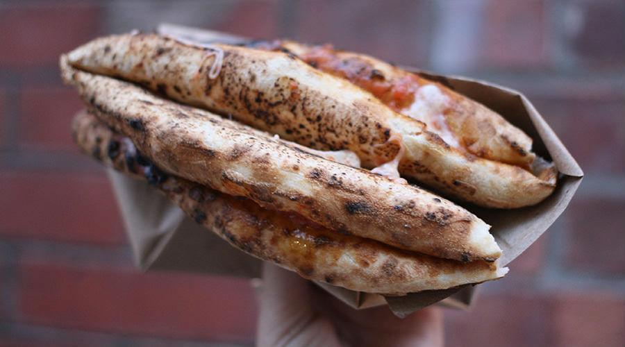 Le migliori pizze a portafoglio a Napoli
