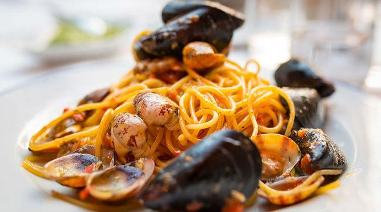 The best seafood restaurants in Naples