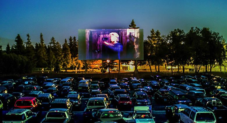 Drive in all'aperto, a Pozzuoli cinema dall'auto per l'estate 2017