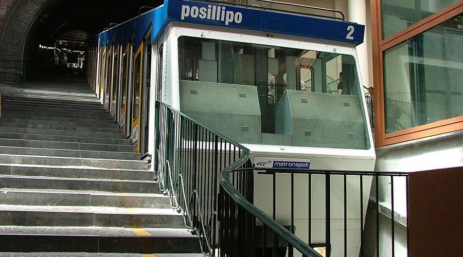Funicolare di Napoli, orari estivi 2017 metro linea 1 e bus
