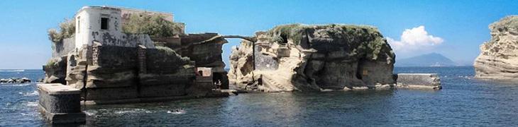 Gaiola, spiaggia libera e Villa