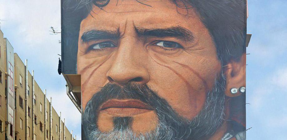 Murales di Maradona realizzato da Jorit