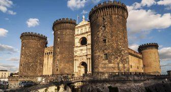Maschio Angioino a Napoli, svelato il Libro di Luce