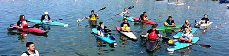 Gruppo di kayak, escursione a Provida