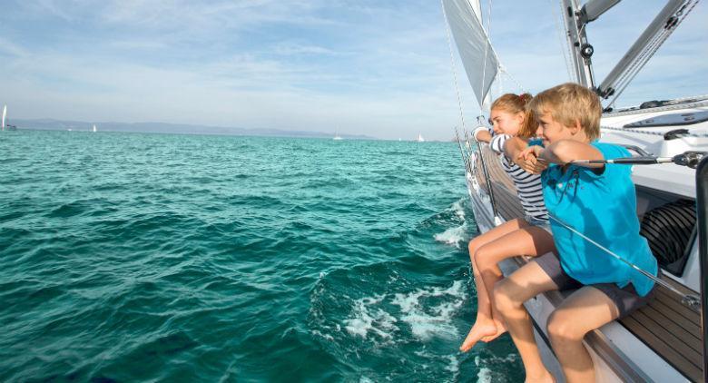 Bambini in barca a vela a Napoli, lezioni gratuite per il Vela Day