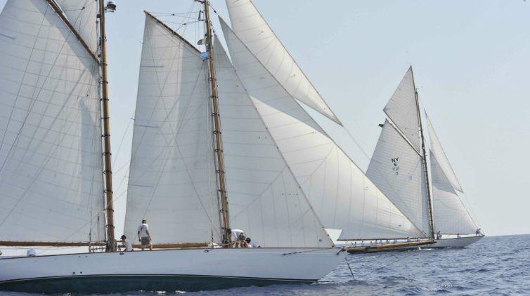 Barche e vele d'epoca a Napoli