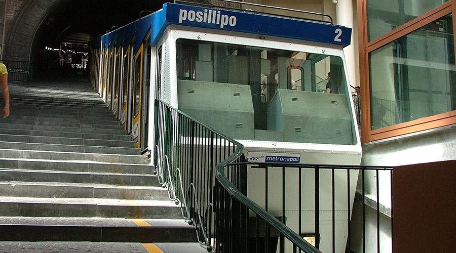 Chiaia funicular, suspended night extensions also by metro line 1 Saturday 8 July 2017