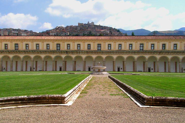 Certosa di San Lorenzo a Padula nel Cammino delle Certose