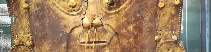 Maschera Maya alla mostra precolombiana al Museo Archeologico di Napoli
