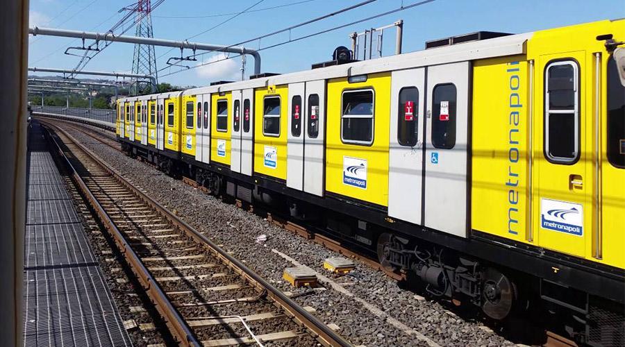 Línea de metro 1 Naples