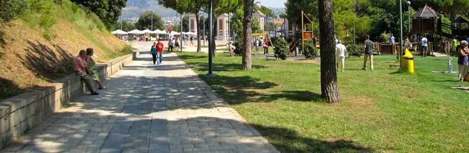 Le giostrine del Parco Virgiliano a Napoli