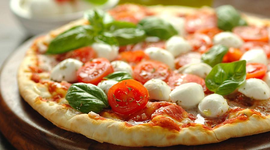 Pizza margherita al filetto