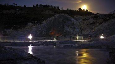 Solfatara di sera, visite guidate con cucina geotermica