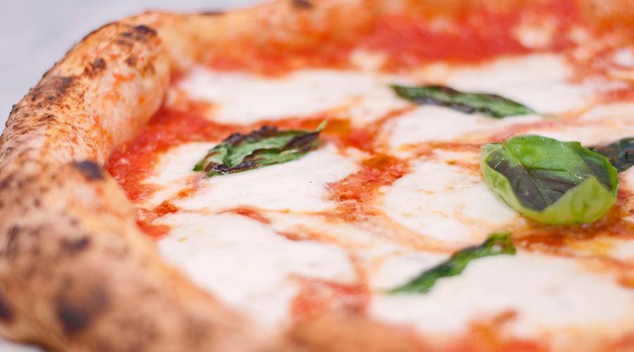 Pizza margherita napoletana, Festa della pizza ad Ariano Irpino