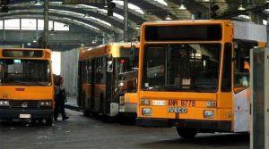ANM حافلة في نابولي ، 14 سبتمبر 2017 الإضراب