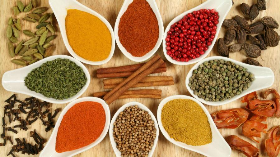 spezie dei piatti in degustazione ad intrecci, il festival della cucina mediterranea