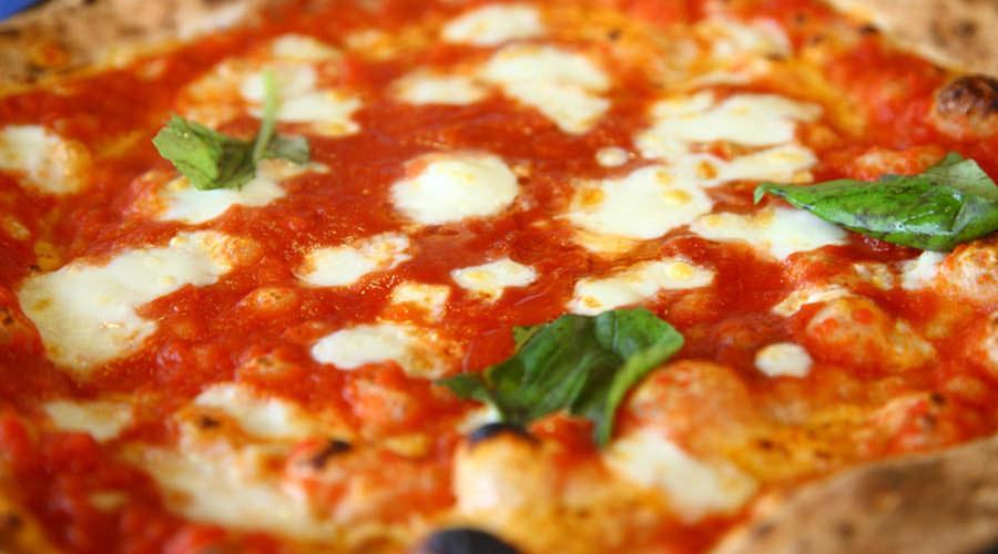 Pizza margherita napoletana, migliori pizzerie del Gambero Rosso