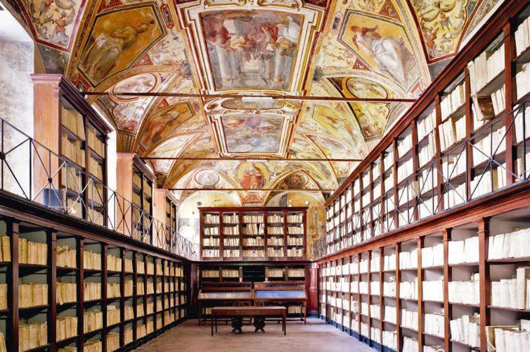 Gli archivi di stato di Napoli visitabili durante la domenica di carta 2017