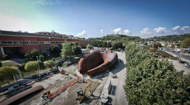 Sculpture metro line 7 Monte Sant'Angelo in Naples