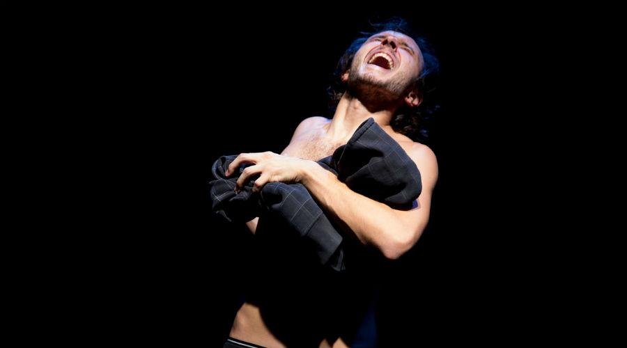 Il monologo teatrale Albania casa mia in scena a Portici per la rassegna Il Teatro cerca Casa