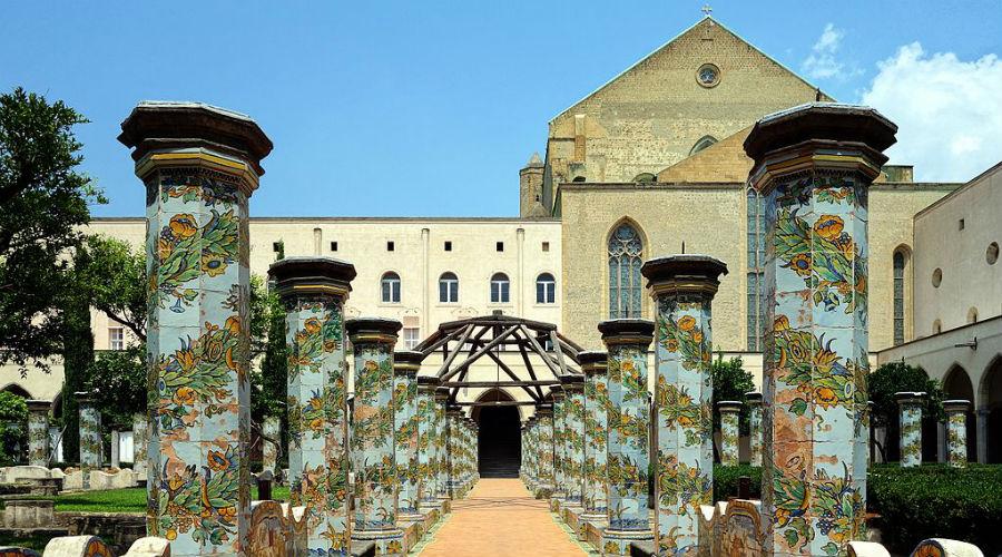 Visita guidata al Chiostro di Santa Chiara a Napoli con degustazione dolci