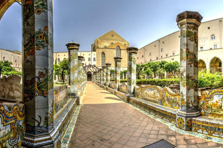 chiostro del monastero di santa chiara