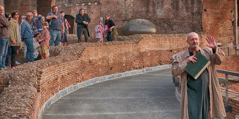 Una scena di Octavia, spettacolo de Il Teatro Mobile a Pompei