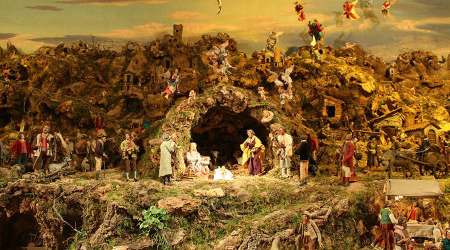 San Severo al Pendino的圣诞艺术展