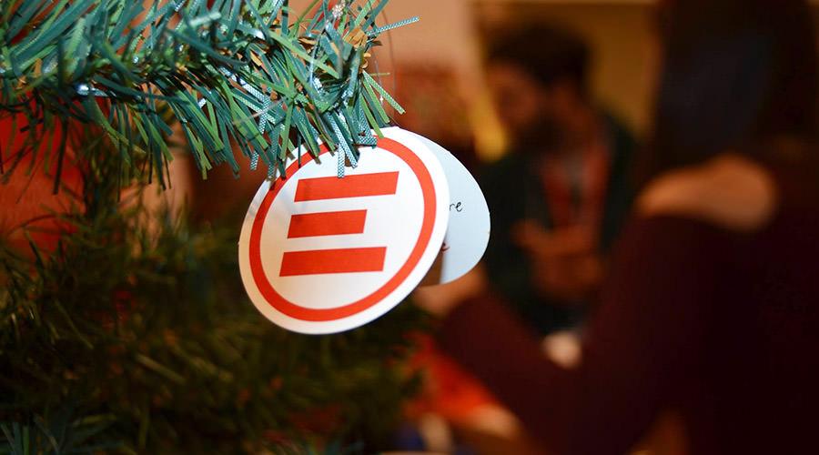 A Napoli lo Spazio Emergency per Natale
