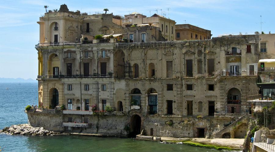 Visita a Palazzo Donn'Anna