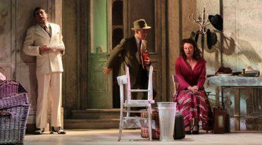 Il Teatro Bellini mette in scena Questi Fantasmi di Eduardo De Filippo