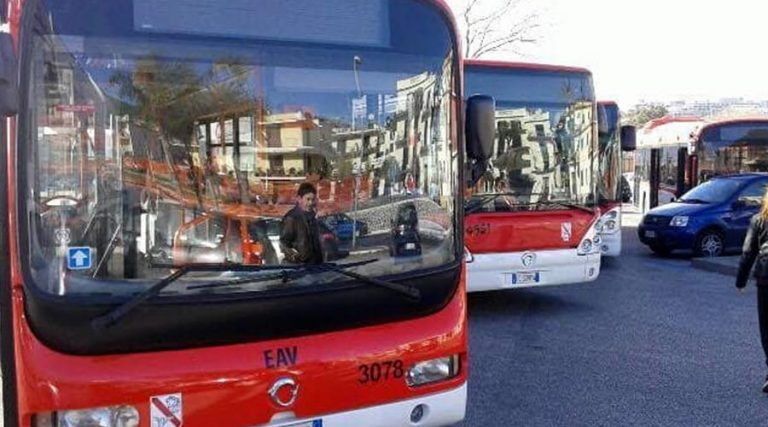 EAV bus in Naples, extension for New Year 2018
