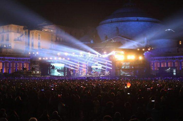 Capodanno- in Piazza Plebiscito a Napoli e disco sul Lungomare
