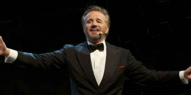 Christian erzählt Christian De Sica das Teatro San Carlo in Neapel