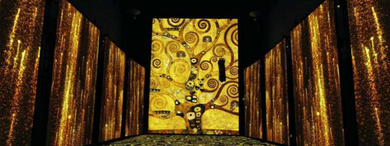 La mostra su Klimt Experience a Napoli