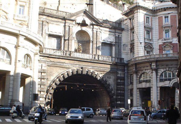 Galleria Vittoria in Neapel, Schließung für 9 Monate