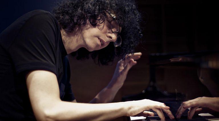 ジョヴァンニ・アレーヴィ(ピアノ)