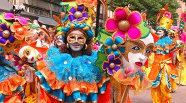 Karnevalsumzug, Veranstaltungen in Neapel und Kampanien