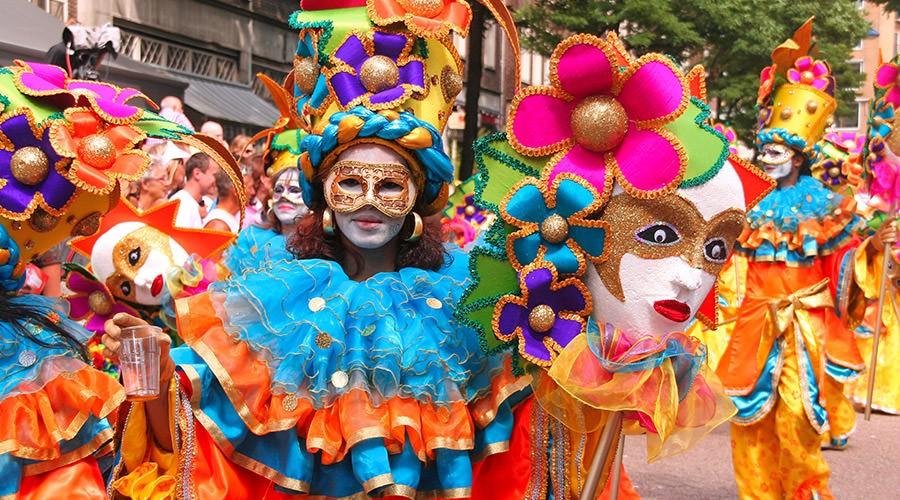狂欢节游行,那不勒斯和坎帕尼亚的活动