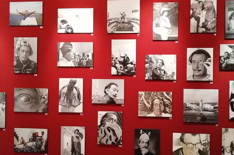 Esposizione alla mostra Io Dalì al PAN di Napoli